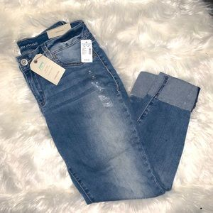 🆕 Maurices Midrise Denim Flex Jegging